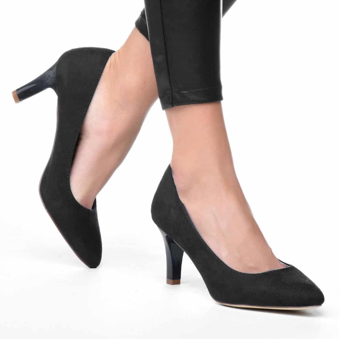 Alkalmi cipő a táncos lábúaknak